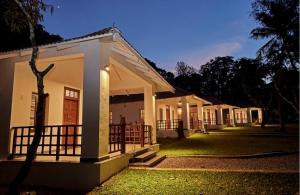Auberges de jeunesse - Hirvate Estate / Crawford House
