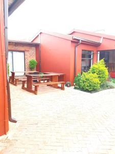 Niilo's Guesthouse, Penzióny  Rundu - big - 25
