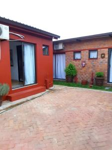 Niilo's Guesthouse, Penzióny  Rundu - big - 8