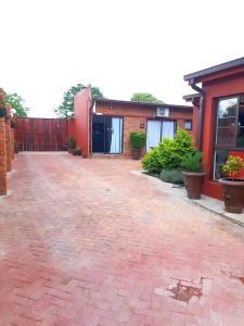 Niilo's Guesthouse, Penzióny  Rundu - big - 5