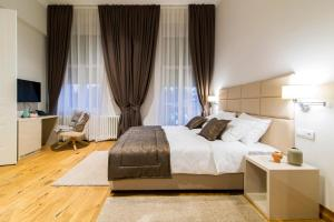 Lanterna Rooms City Center