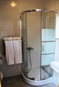 LONJSKI DVORI, Hotely  Repušnica - big - 10