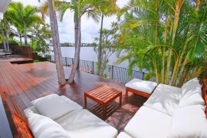6 Waterfront Court, Twin Waters - Linen Included, Heated Pool, WIFI - Pacific Paradise