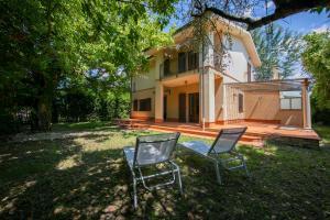 Barcaio I Villa Sleeps 8 - AbcAlberghi.com