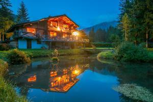 Les Chosalets Chalet Sleeps 14 - Hotel - Chamonix