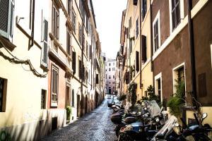 Boschetto Sweet Apartment Colosseum, Apartmány  Řím - big - 34