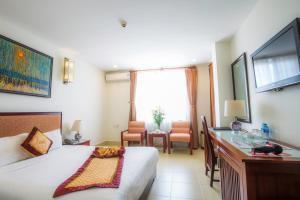 Luxe Hotel - Xóm Ðé