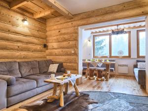 Waterfall SPA Apartment VisitZakopane