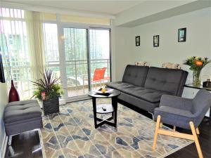 TVHR - Luxury 2 BDR CN Tower and Lake View Condo, Appartamenti  Toronto - big - 4
