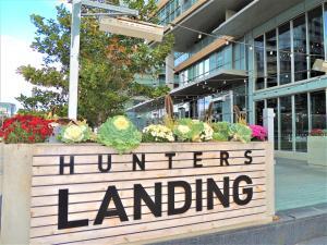 TVHR - Luxury 2 BDR CN Tower and Lake View Condo, Appartamenti  Toronto - big - 13
