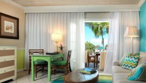 Ocean Key Resort & Spa (2 of 30)