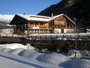 Hotel du Foyer - Brusson