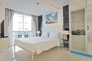 obrázek - MODERN 1 Bedroom in City Center Residence