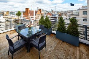 The Westbury Hotel Review, Mayfair, London | Travel