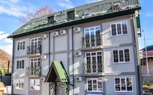 Apartments on GES-19 - Chvezhipse
