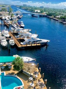 Sands Harbor Resort and Marina, Hotels  Pompano Beach - big - 10