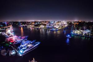 Sands Harbor Resort and Marina, Hotely  Pompano Beach - big - 22
