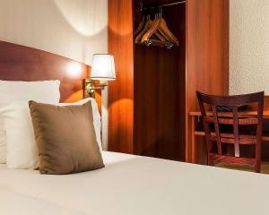 Comfort Hotel Cachan Paris Sud, Отели  Кашан - big - 12