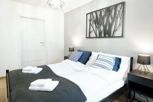 Apartament 27A