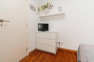 Renovated Apartments in Central Lisbon, Apartments  Lisbon - big - 57
