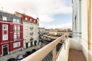 Renovated Apartments in Central Lisbon, Апартаменты  Лиссабон - big - 23