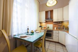 Kudrinskaya Square Apartment, Апартаменты  Москва - big - 54