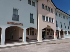 RISTHOTEL AIRPORT - Hotel - Fogliano Redipúglia