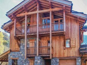 Six-Bedroom Holiday Home in St.Martin de Bellevill - Hotel - Saint Martin de Belleville