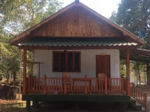 Soutchai Resort - Ban Pak Som