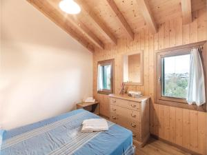Three-Bedroom Apartment in Sacile -PD-, Apartmány  Sacile - big - 14