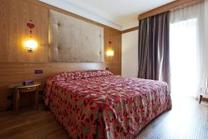Hotel Haus Michaela, Hotels  Sappada - big - 38