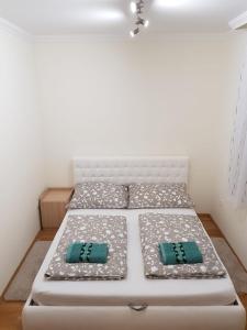 Manna Apartment