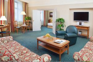 Moscow Marriott Grand Hotel (36 of 60)