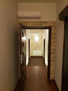Tanzola Rooms