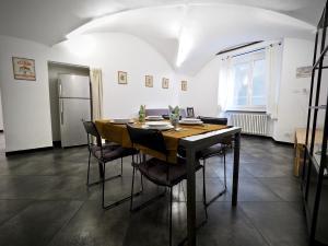 LUSSUOSA DIMORA DELL'AGNELLO ZONA ACQUARIO - AbcAlberghi.com