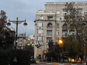 Neftiannikov Avenue Apartment, Апартаменты  Баку - big - 53
