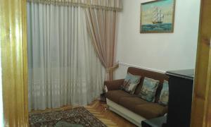Neftiannikov Avenue Apartment, Апартаменты  Баку - big - 55