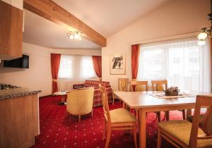 Arlen Lodge Hotel, Hotely  Sankt Anton am Arlberg - big - 94