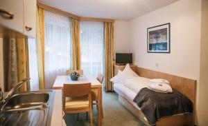 Arlen Lodge Hotel, Hotely  Sankt Anton am Arlberg - big - 69