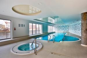 Apartament z basenem i widokiem na Motławę