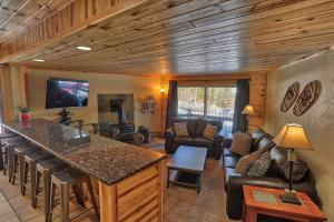 Goldcamp Pad - Location, Hike & Hot Tub - Hotel - Breckenridge