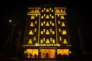 Golden Earth Hotel - Tha Song Yang