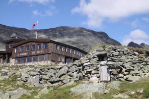 . Leirvassbu Fjellstue