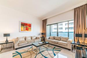 Hometown Apartments - Bright and Beautiful 2 BR in Business Bay - Nadd Shubayḩ