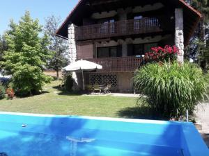 Chalet Krka With Pool - riverside near Ljubljana