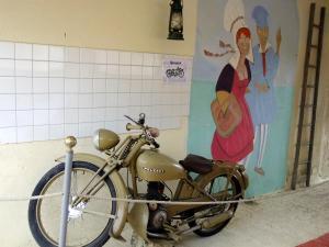 Chambres et Tables d'hôtes à l'Auberge Touristique, Bed and breakfasts  Meuvaines - big - 66