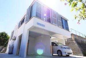 Miyakojima Terrace House