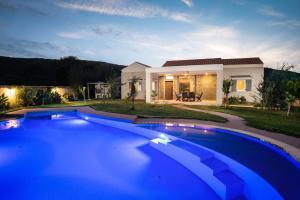 Three Stars Villas - Agios Ioannis Peristerion