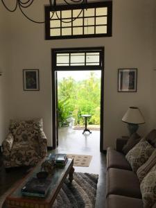 Thompson Manor (A Luxury Villa in Galle), Vily  Gálla - big - 56