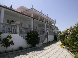 Agitur Casa Club - AbcAlberghi.com
